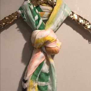 Accessories - pastel scarf